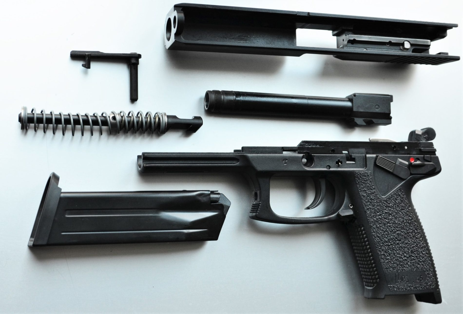 HK Mark 23 Mod 0 SOCOM .45 Auto - halbautomatische Pistole zerlegt