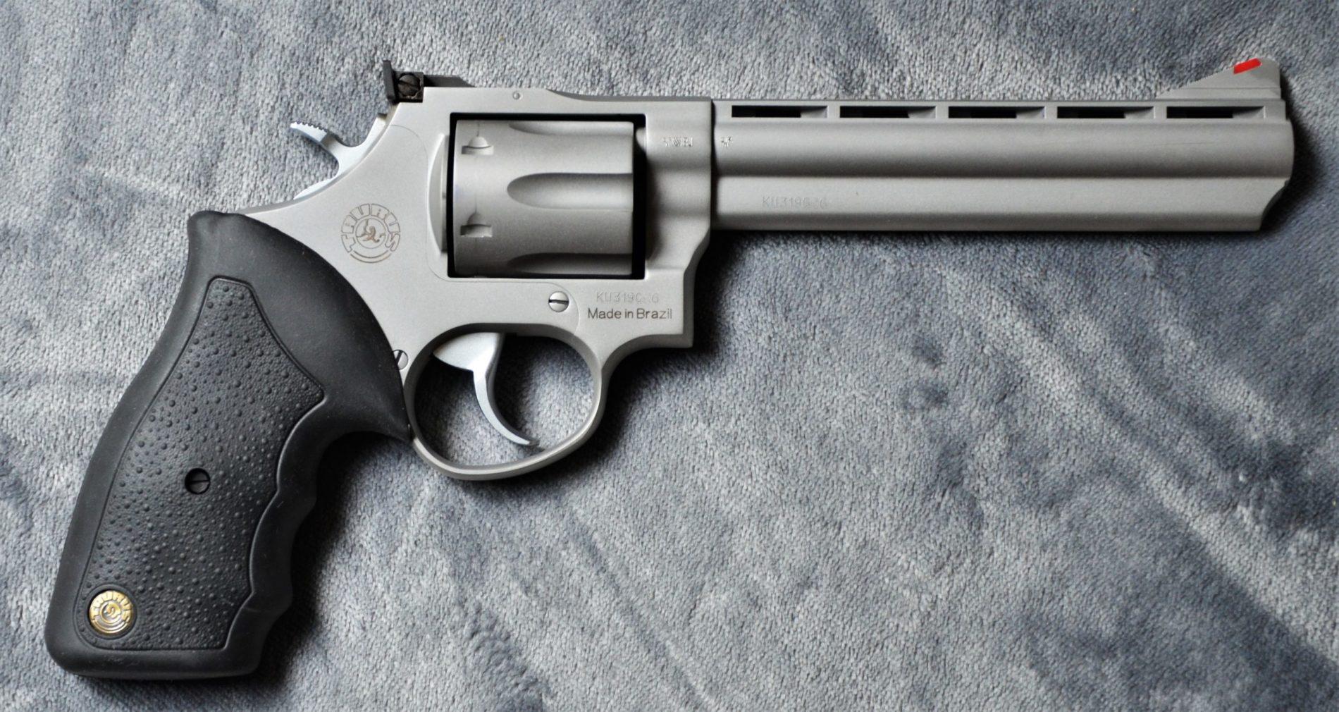 Taurus 689 6'' STS - .357 Mag - Revolver rechts